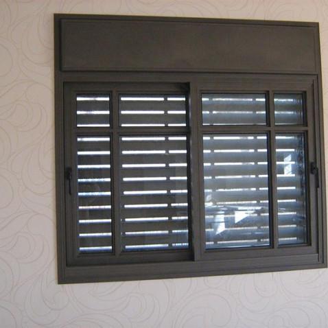 חלונות אלומיניום 6