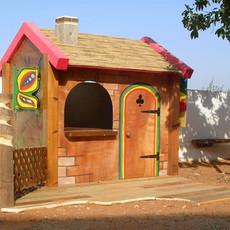 בית עץ קטן