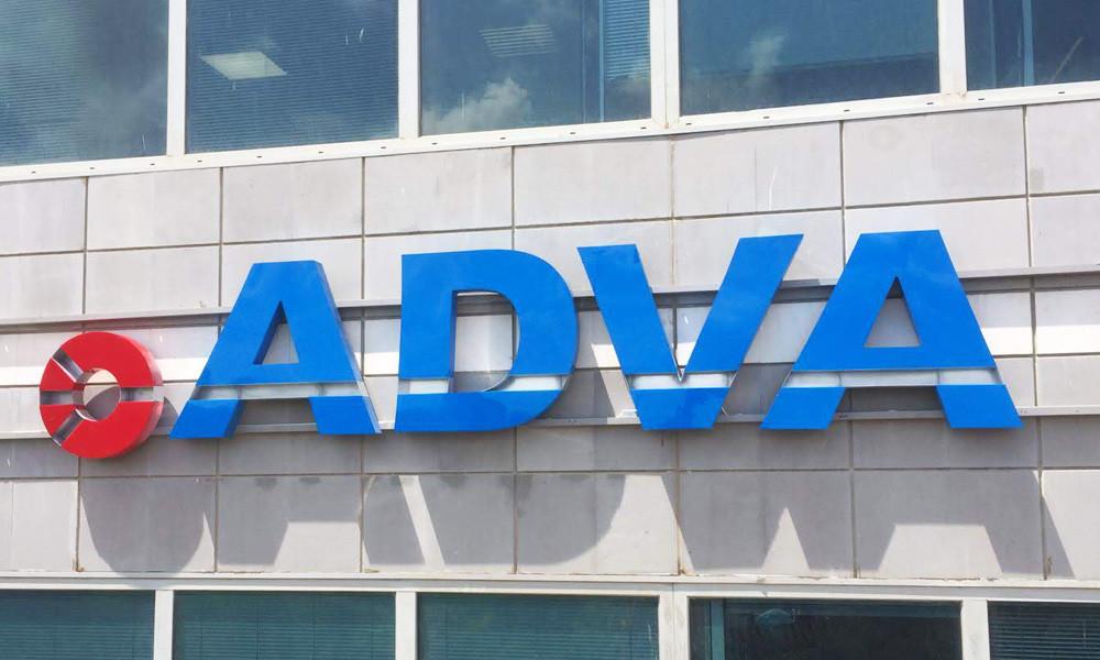 שלט אותיות תלת מימד מואר עבור ADVA