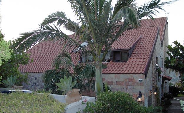 החלפת גג רעפים, איטום ובידוד הגג