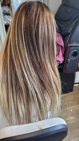 תוספות שיער עם גוונים