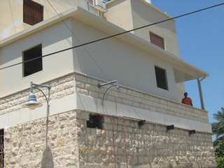 בניית קומת מגורים באמצעות בנייה קלה