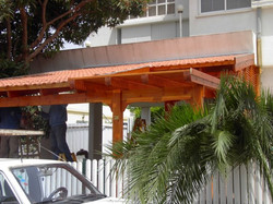 גג רעפים למרפסת