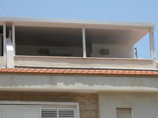 גג מבודד לקירוי מרפסת גג