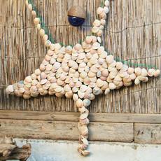 מובייל מנטה עשוי צדפים ורשת דייגים