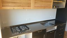 משטח נירוסטה כולל כיריים למטבח