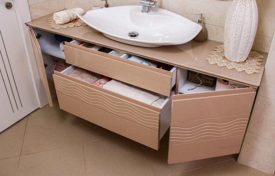 ארון אמבטיה תלוי גל