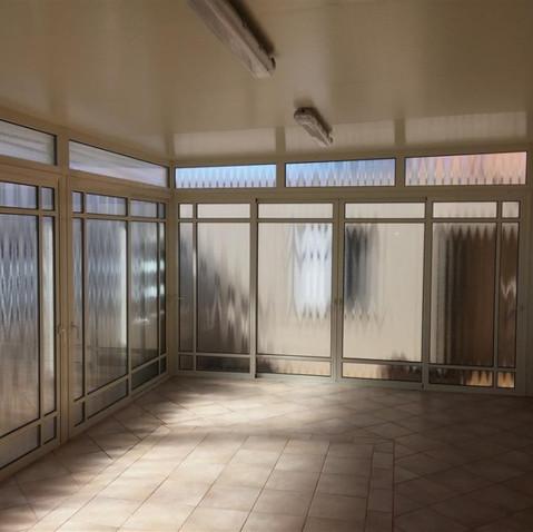חדר שמש אשר הוקם בשיטת הבנייה הקלה