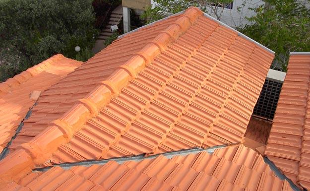 החלפת גגות רעפים בידוד ואיטום הגג
