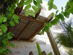 פרגולת הצללה לגינה