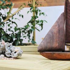 סירת עץ ממוחזר