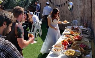 קייטרינג חתונה בסגנון פינגר פוד בשרית
