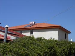 גג רעפים על בית פרטי