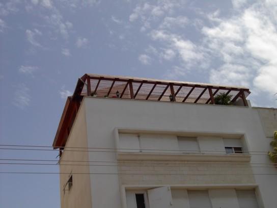 פרגולה למרפסת גג