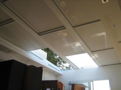 גג הזזה חשמלי למרפסת שמש