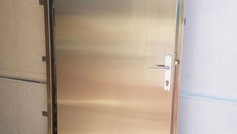 דלת ומשקוף נירוסטה