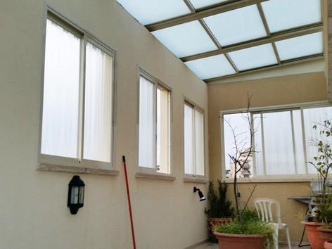גג הזזה חשמלי לחדר שמש בדירת פנטהאוז