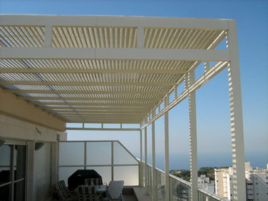 פרגולת אלומיניום למרפסת גג