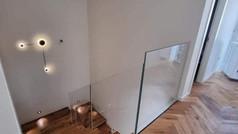 מעקה זכוכית אקסטרה קליר עם מנטים זכוכית
