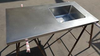 משטח עבודה עם כיור למטבחים מוסדיים