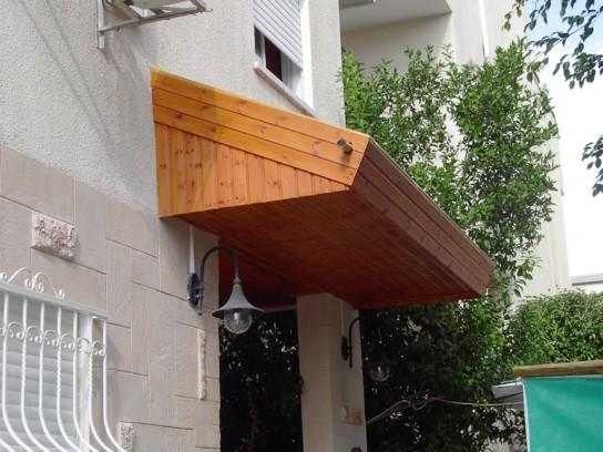 גג רעפים למפתן הבית