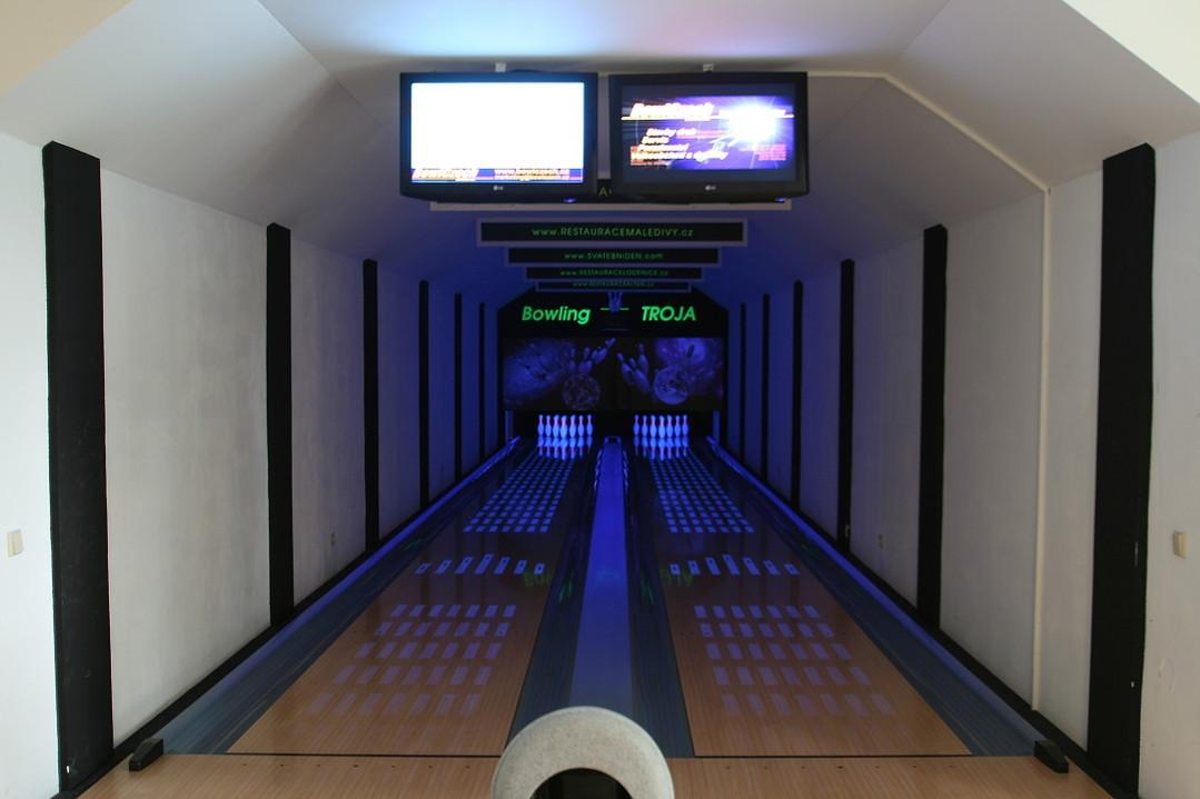 castle-fotogalerie-bowling-07.jpg