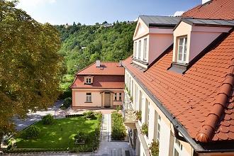 castle-residence-022