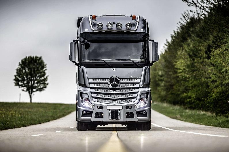 benz-truck.jpg