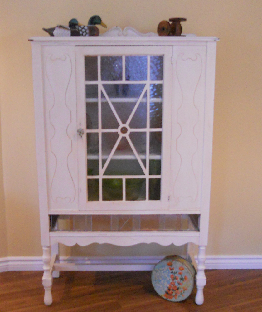 Stained Glass China Cabinet (2)