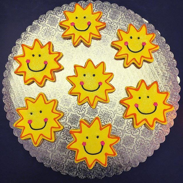 Sunny! #sunshine #cookies #cutouts #cutoutcookies #sunny #summer #summertime #sun #cookiemonster #☀️