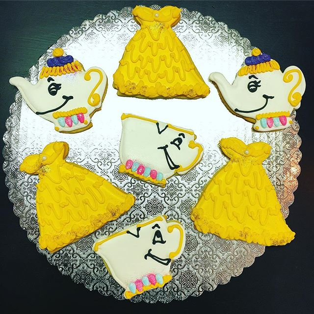 Beauty & the Beast Cut-Out Cookies #taleasoldastime #beautyandthebeast #chip #mrspotts #belle #myfav