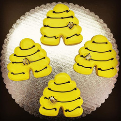 Beehive Cut-Outs #ohbeehive #bzzz #bee #buzz #bumble #spring #🐝 #cookie #cutouts #cutoutcookies #lo
