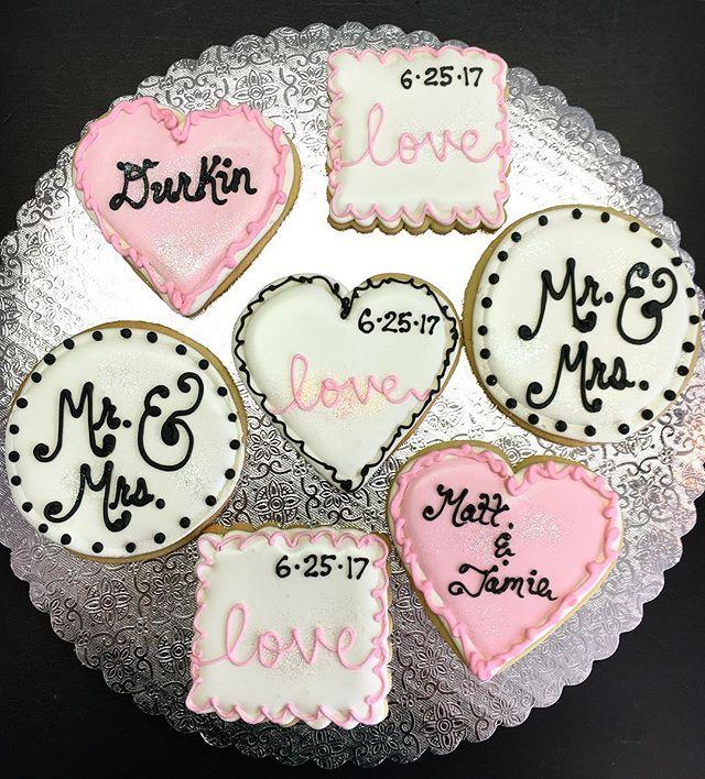 Wedding Shower Cut-Out Cookies #cookies #brideandgroom #cutouts #cutoutcookies #love #virginiaisforl