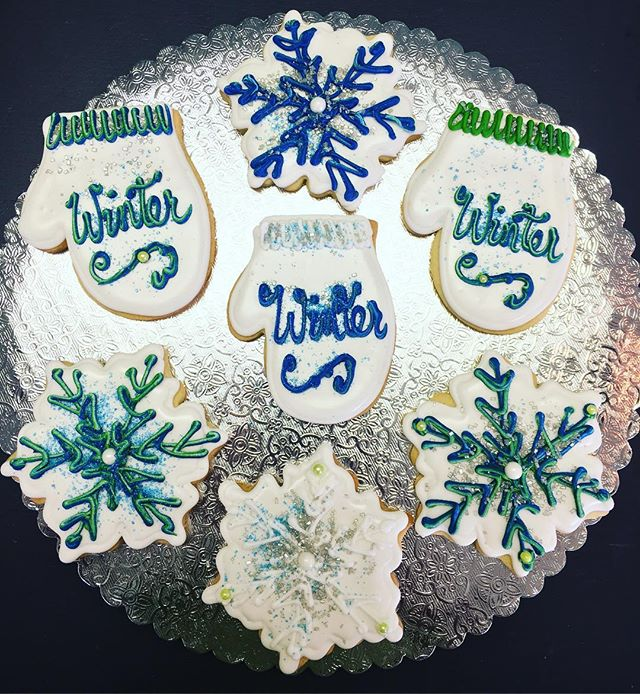 Winter Cut-Out Cookies #winter #cutouts #cutoutcookies #mitten #snowflake