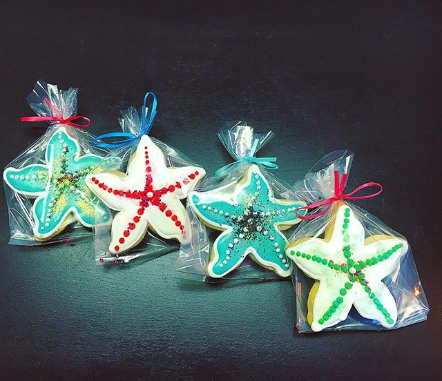 Star Fish Cut-Out Cookies ⭐️#cutouts #cutoutcookies #cookie #starfish #sealife #ocean #beach #summer