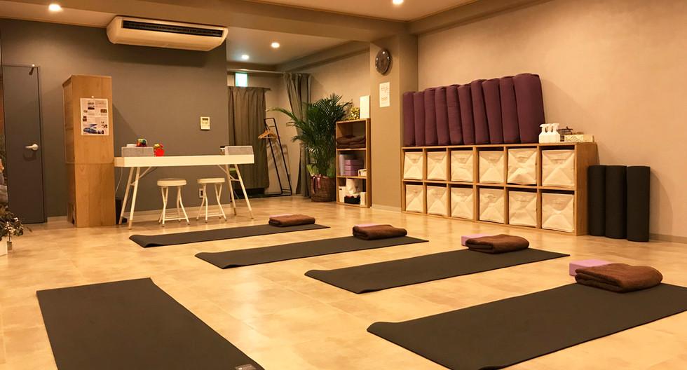yogaPractice04.jpg
