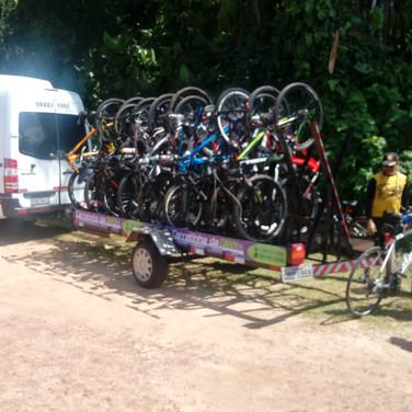 Serviço grupo de ciclistas