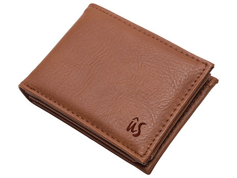 01Wallet-Us-Savage-Wallet-Brown-isolated