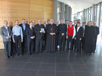Kardinal Marx zu Besuch im Studienhaus