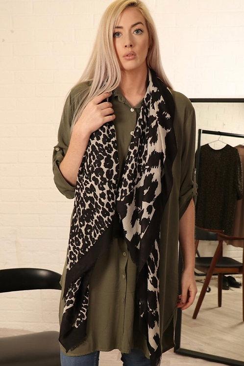 Leopard Print Scarf - Black / White