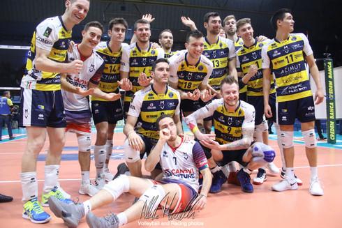 Superlega Credem Banca: Modena vince e sta con il fiato sul collo alle prime tre