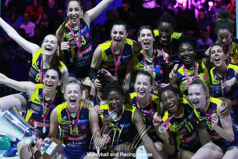 Supercoppa Italiana: Conegliano asfalta Novara e conquista il primo trofeo dell'anno