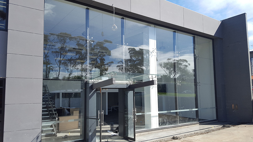 glass-systems-gallery_commercial_2016092