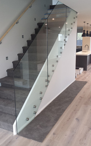 glass-systems-gallery_balustrades_201504