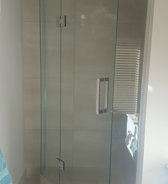 glass-systems-gallery_showers_20161005_0