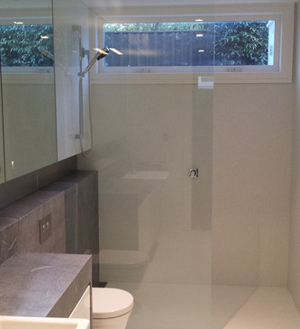 glass-systems-gallery_showers_20140910_1