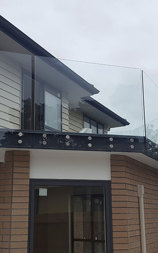 glass-systems-gallery_balustrades_201804