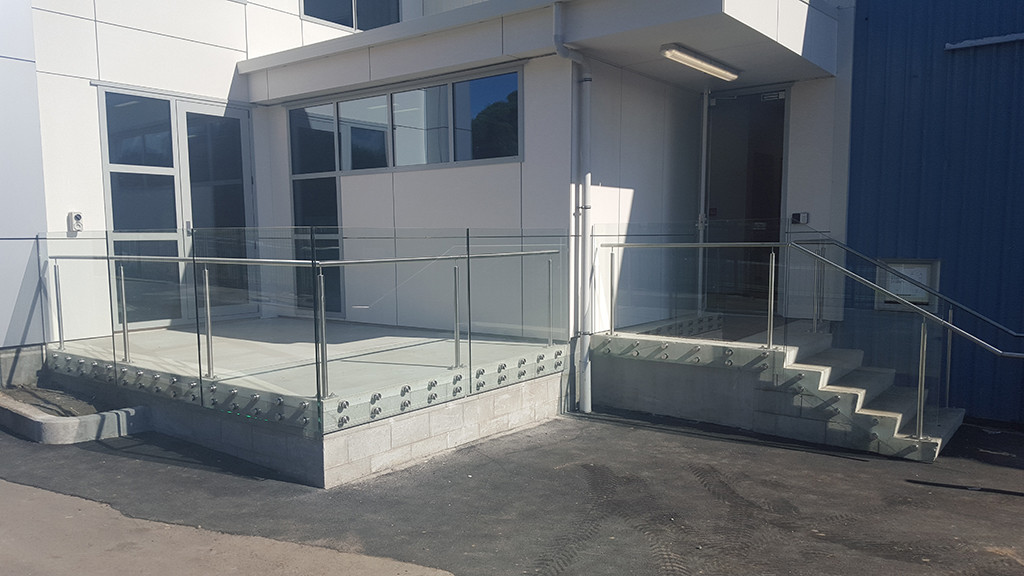 glass-systems-gallery_commercial_2016042
