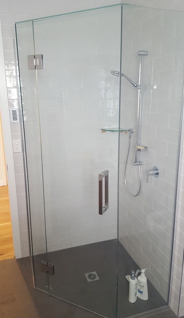 glass-systems-gallery_showers_20160429_1