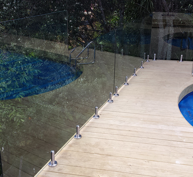 glass-systems-gallery_poolfences_2014111